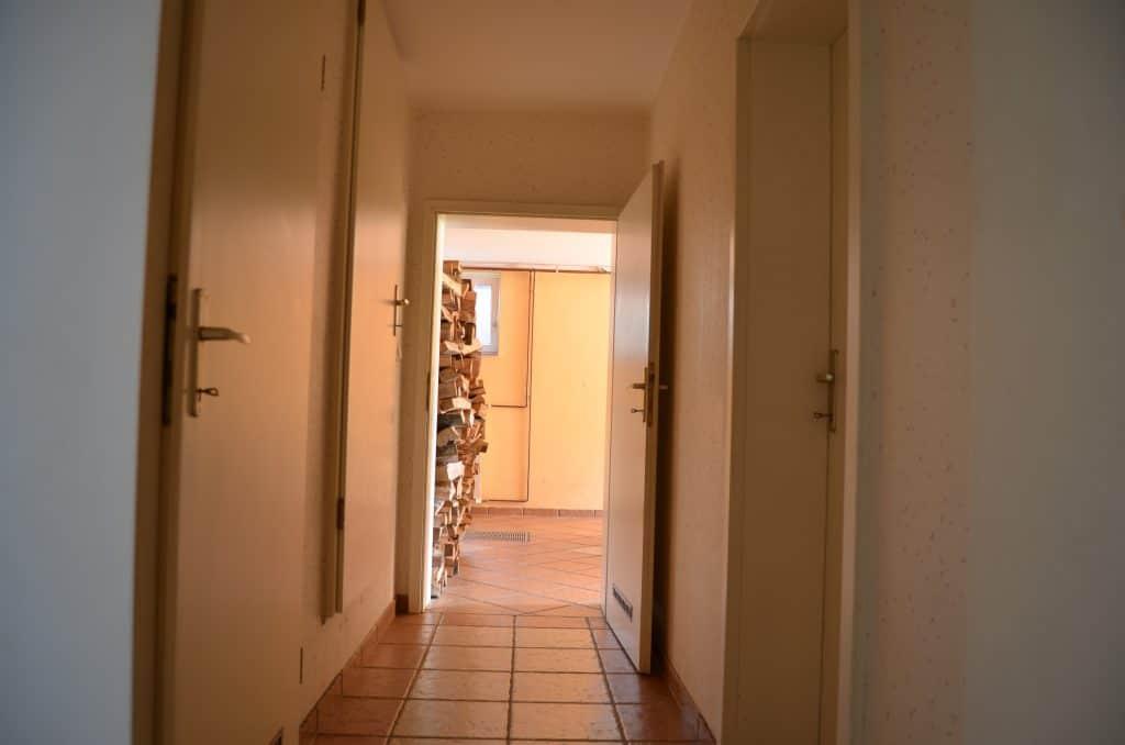 Klet hodnik garaža