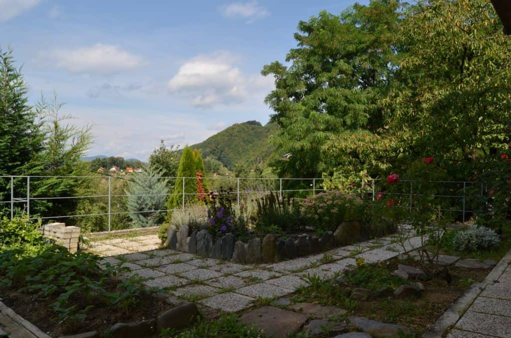 Iz terase pogled na okolico